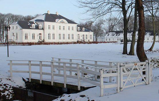 Snedækket Pallisbjerg Herregård